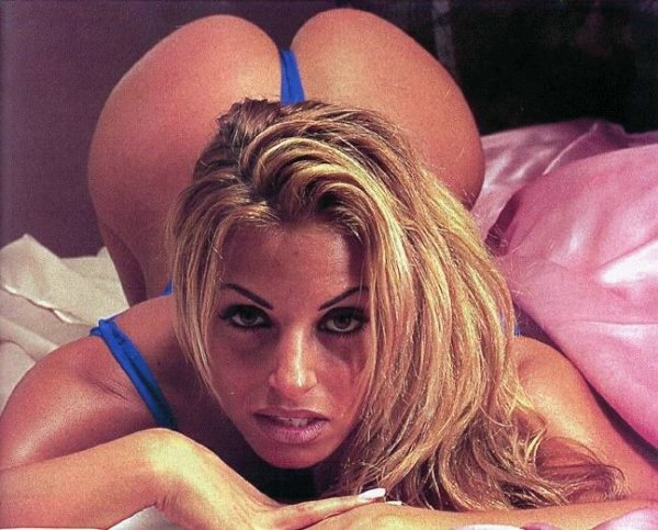 trish_stratus_ready_4_doggy_style.jpg